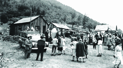 Image is the plaque dedication ceremony at Deadwood